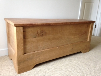 Oak blanket box